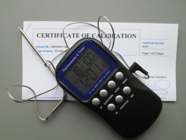 Calibrated oven thermometer